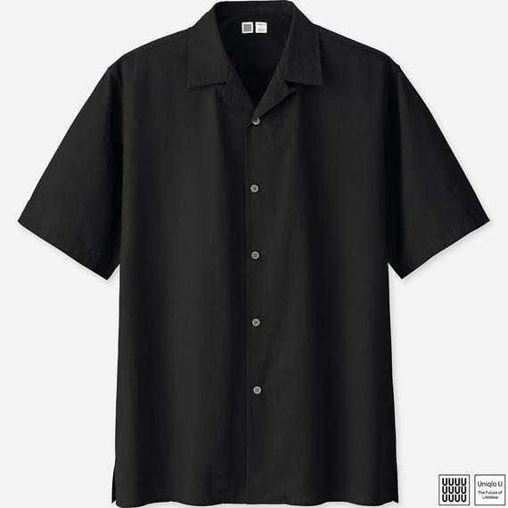 オープンカラーシャツ(半袖) しなやかな素材感をいかした、オープンカラーのゆったりリラックスシャツ。