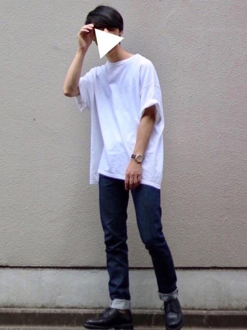 王道の白Tシャツですが、さわやかな見た目が清涼感を演出!